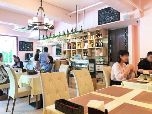 広島市 カフェ レオーネ 店内の様子2