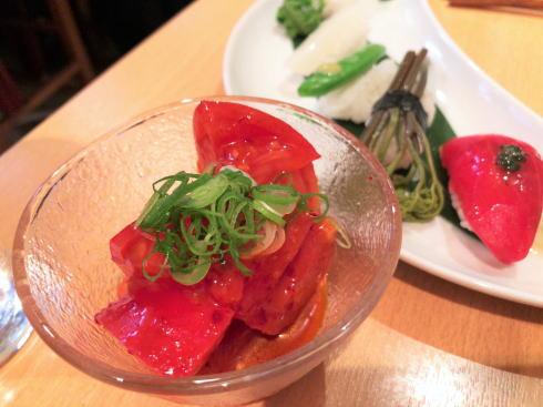 広島市中区 旬菜 すし鮮きずな屋 トマトキムチ