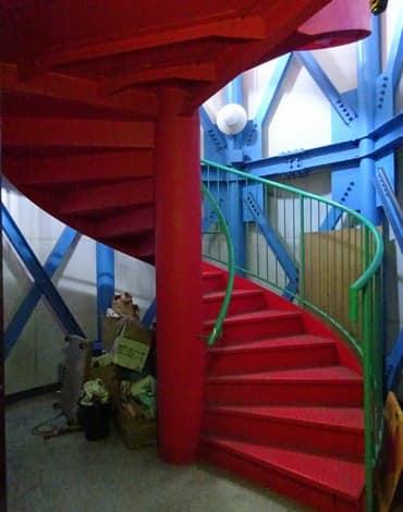 かもめ館の螺旋階段