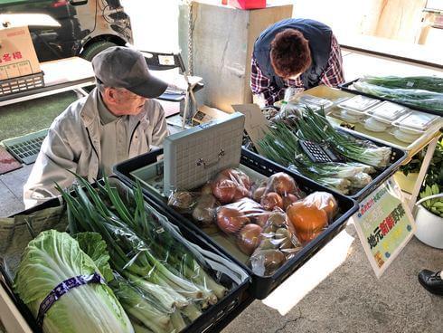 大竹市・玖波漁港で月に1度の水産市