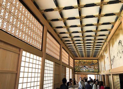 名古屋城本丸御殿の通路、欄間デザインも美しい