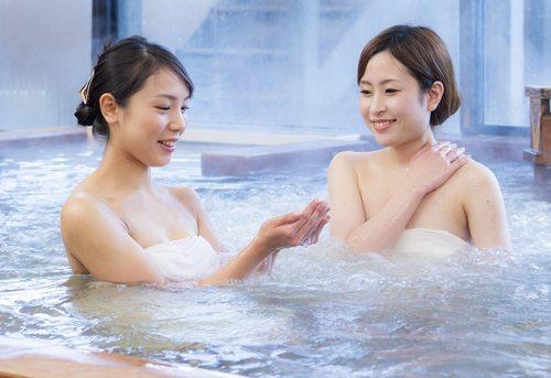 神石高原温泉、学校食堂にオープン!湯は乳白色で源泉汲みとりも無料OK