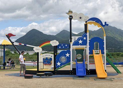 大竹市・晴海臨海公園の遊具広場の様子