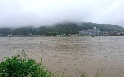 広島大雨被害、福山市・芦田川の様子