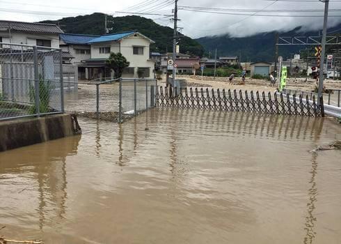 瀬野駅の周辺道路が冠水