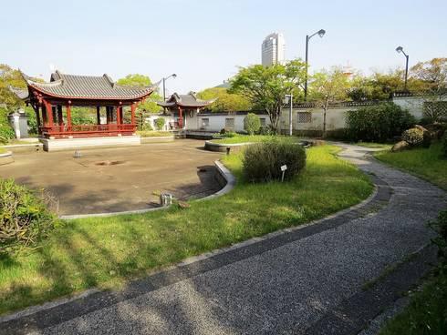 広島・中国式庭園の渝華園の園内