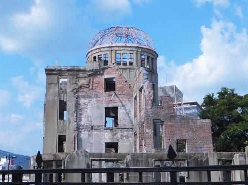 8月6日平和記念式典は広島地元局がテレビ・ネットで生中継