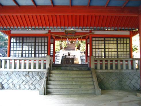 大頭神社の神楽舞台