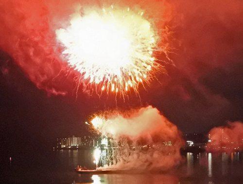 はつかいち花火大会、7000発が夜空彩る!廿日市市30周年で