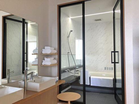 IBUKU 浴室で温泉かけ流し