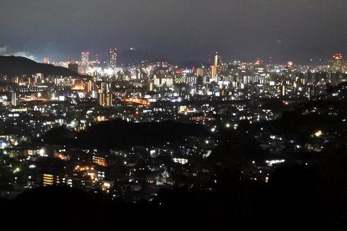 広島市安佐南区 春日野第六公園の夜景