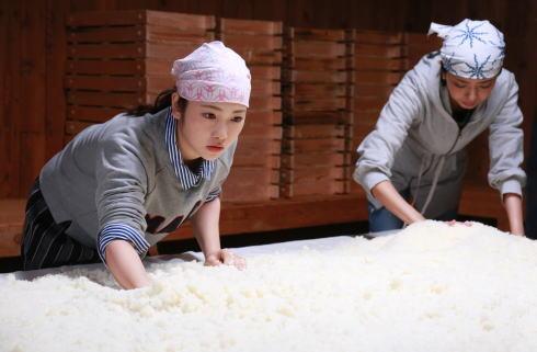 恋のしずく、川栄李奈 初主演映画は広島の人と酒作りにほんのり酔う温かいストーリー
