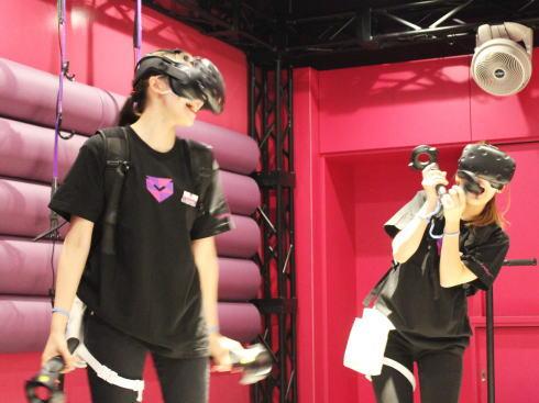 VREX(ヴィレックス)広島八丁堀店 VRゲームルーム4