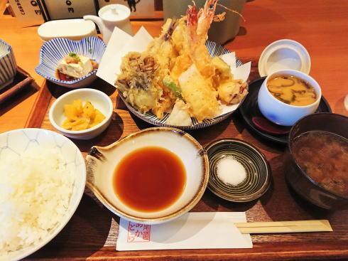 尾道 あかとら 天ぷら定食