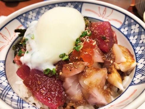 尾道 あかとら 海鮮丼2