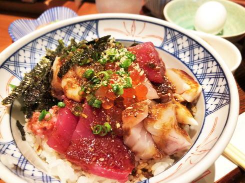 尾道 あかとら、猫の町の魚が美味しい和食店