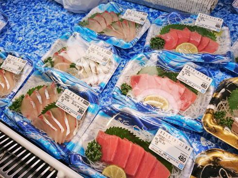 佐賀県鳥栖市 鮮魚店「金梅」店内の様子5