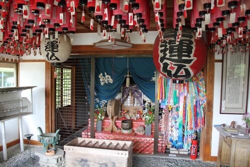 広島の恋愛パワースポット・幸運仏、結婚話が次々と成立