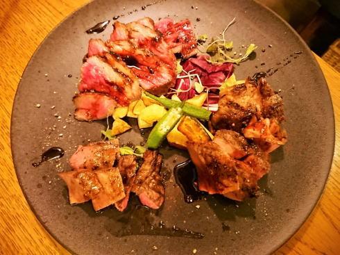 広島 ナンバースリー お肉の写真
