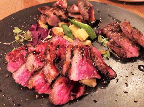 ナンバースリー、お肉とワイン愉しむ広島大手町の洋食ダイニングバー