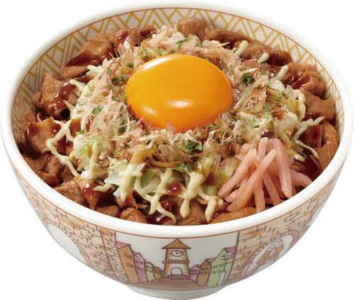 すき家で「お好み牛玉丼」復活、オタフクソースとコラボで