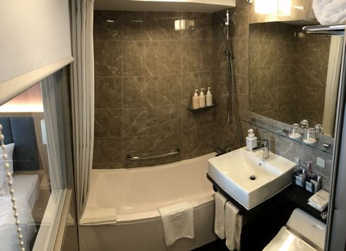 ザ ロイヤルパークホテル広島のユニットバス