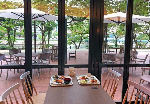 ザロイヤルパークホテル広島のカフェの眺めがステキ