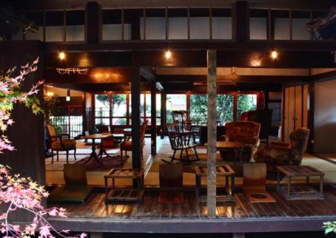 廣島書店 東広島にオープン、本と宿泊の施設を交流の場に