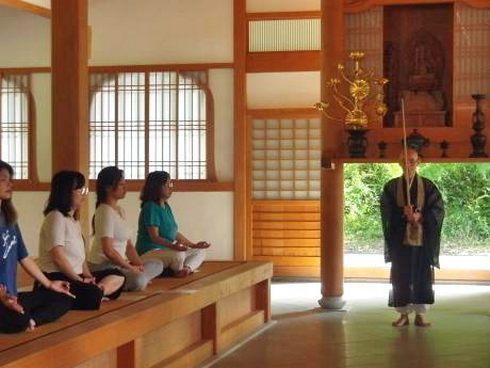 光信寺で坐禅会、自然の中で体と心のチューニング