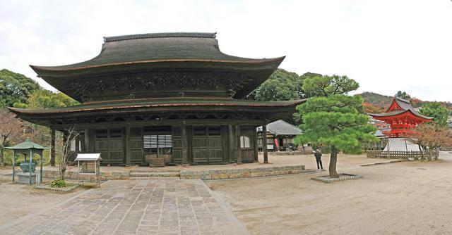広島・不動院の鐘楼(鐘楼堂)