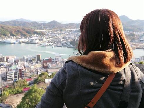 尾道 くさり山(石鎚山)頂上で一息