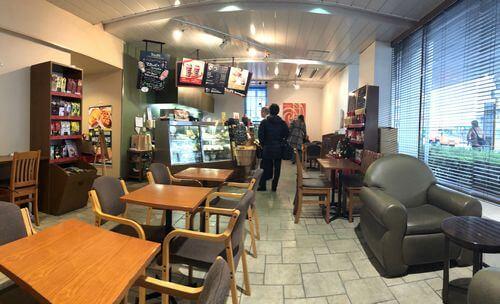 タリーズコーヒー マツダ本社店の店内の様子