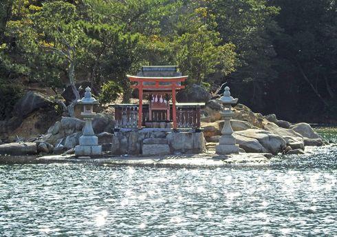 七浦神社の1つ、宮島の御床神社