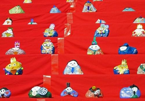 宗光寺 雛祭りイベントで、石のおひなさま