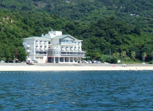 サンビーチおきみ 閉館、江田島市は新たな管理者を募集