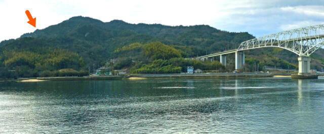 江田島 天狗岩の場所、山頂より少し下ったところ