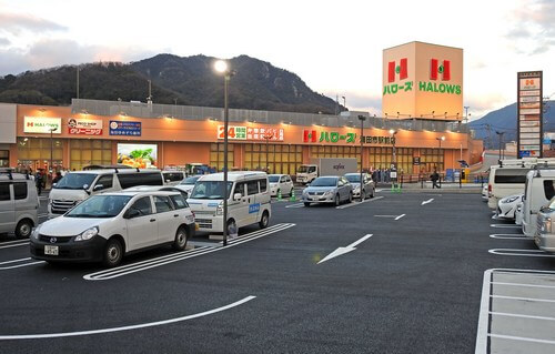 JR海田市駅前に、ハローズが核テナントのビエラ海田市 オープン