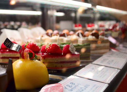 ホテルメイドのケーキと焼き菓子 / 庄原グランドホテル