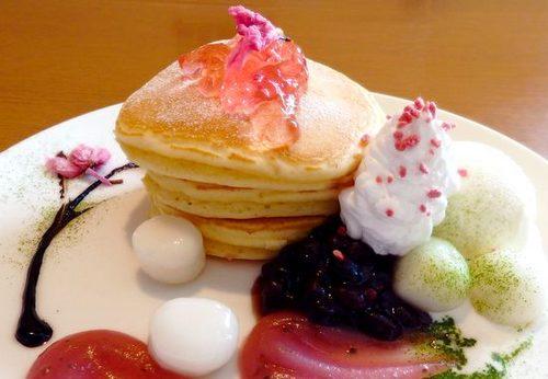 季節のしょうばらパンケーキ / ひだまりカフェ