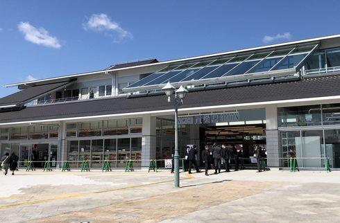 エムスリーホステル(m3 HOSTEL)尾道駅の2Fにホテル