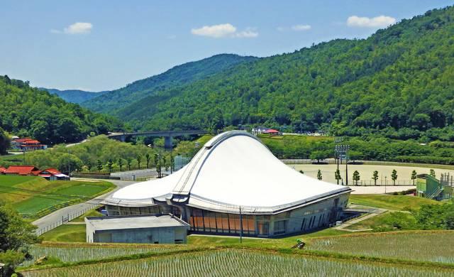 白竜湖スポーツ村公園 白竜ドーム01