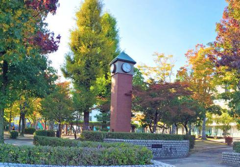 西条中央公園、東広島市 西条駅前の憩いスペース