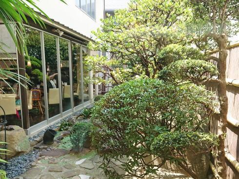 中区舟入 シャンボール 庭