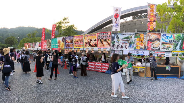 サンフレッチェ広島 スタジアムグルメ おまつり広場