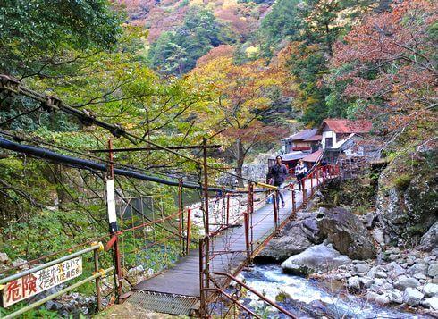 三段峡の魅力的な風景と紅葉7