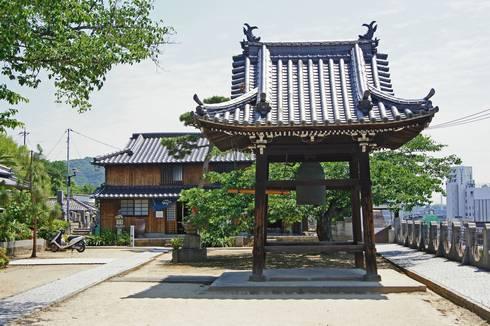 宝土寺 鐘撞き堂
