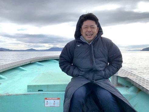 大瀬良&浅田の結婚式サプライズのため漁船で江田島へ向かう石原選手