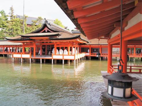 宮島・厳島神社で初詣、拝観料や2020年元日からの満潮時刻など