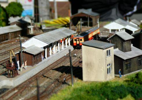 備後落合駅のジオラマ、駅職員の宿舎や旅館も