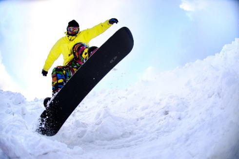 スノーボード天国 広島開催、スノボアウトレットバーゲン